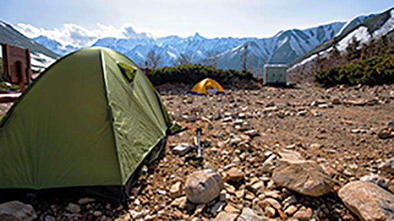 キャンプの荷物はコンパクトにまとめたい!登山用テントのススメ