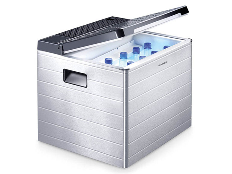 DOMETIC「ポータブル3Way冷蔵庫ACX35G」