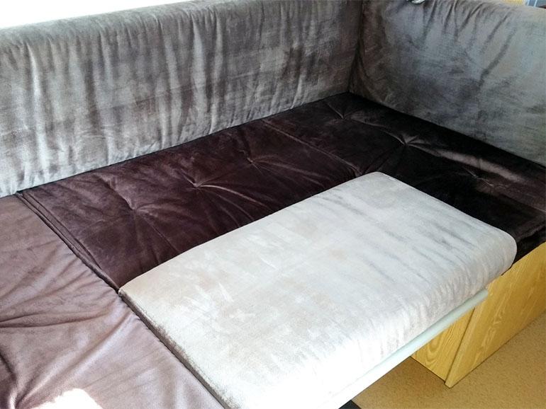 トレーラー ベッド