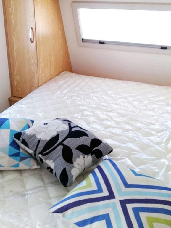 トレーラー 寝室