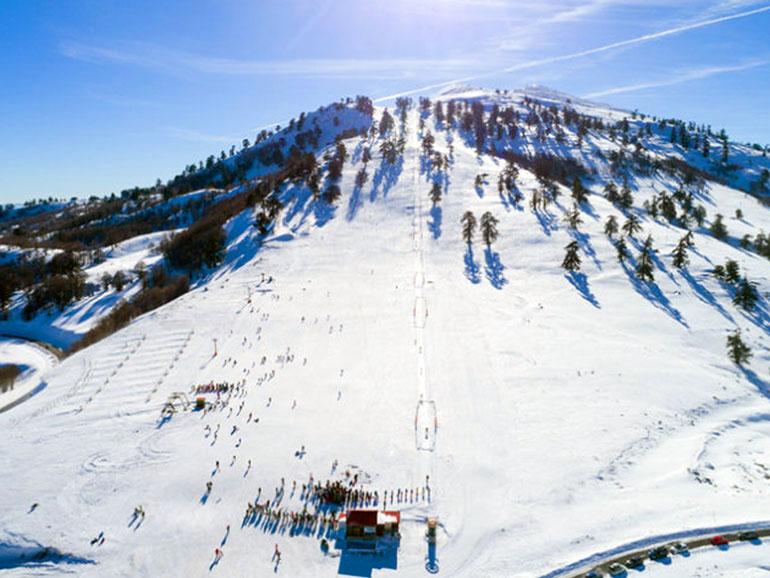 女鹿平温泉・めがひらスキー場