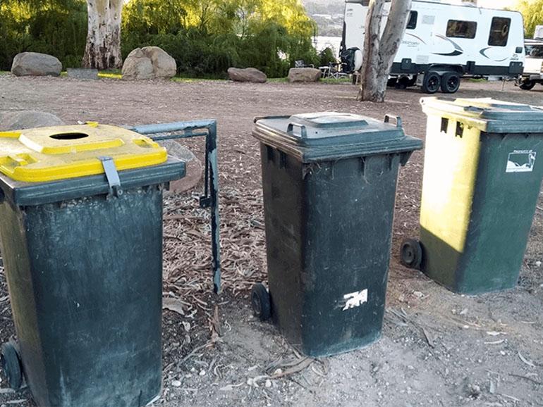 キャンプサイト マナム ゴミ箱