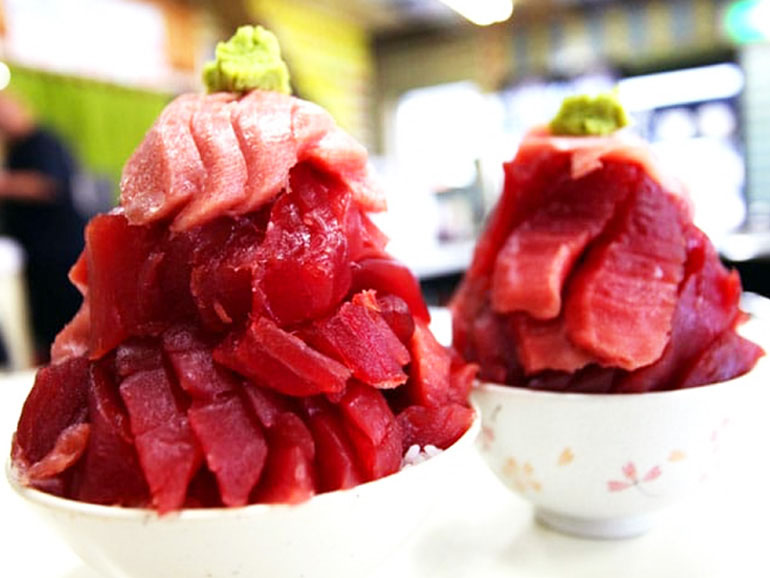 鶴亀屋食堂 マグロ丼