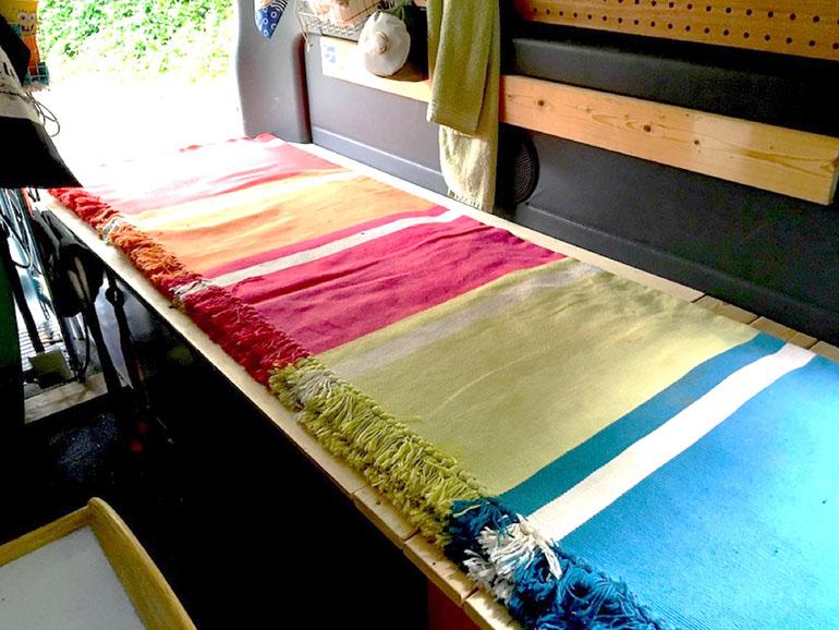 日産キャラバンスーパーロング 手作りベッド