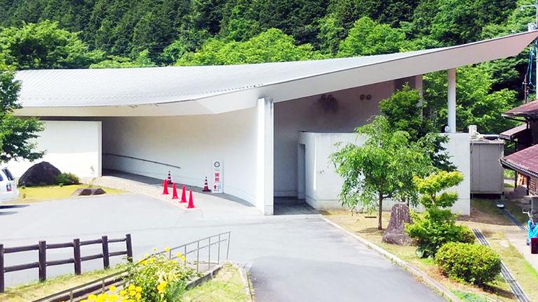 【広島県】温泉施設にコテージ、美術館も!充実の施設が揃う道の駅「ふぉレスト君田」は尾道・松江の車旅の重要拠点