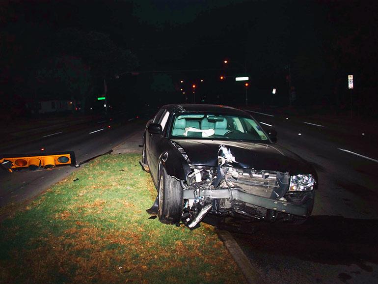 車バースト事故