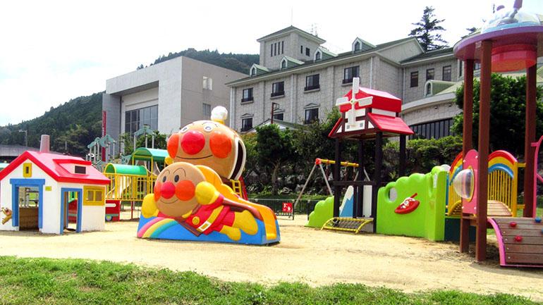 【高知】みんな大好きアンパンマンに会える!「道の駅 美良布」は子どもが喜ぶ道の駅!