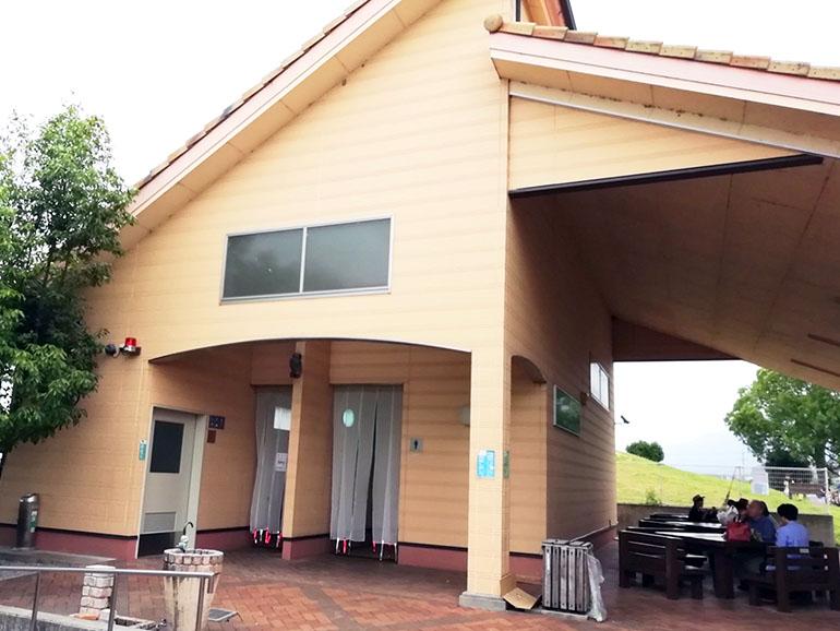 道の駅 東近江市あいとうマーガレットステーション 屋外トイレ