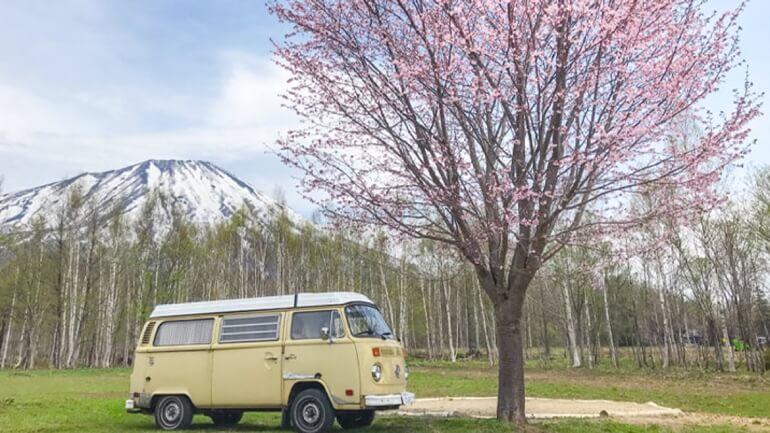 お洒落なグランピング から本格的なキャンプまで楽しめる!北海道でおすすめのキャンプ場「真狩焚き火キャンプ場」をレポート!