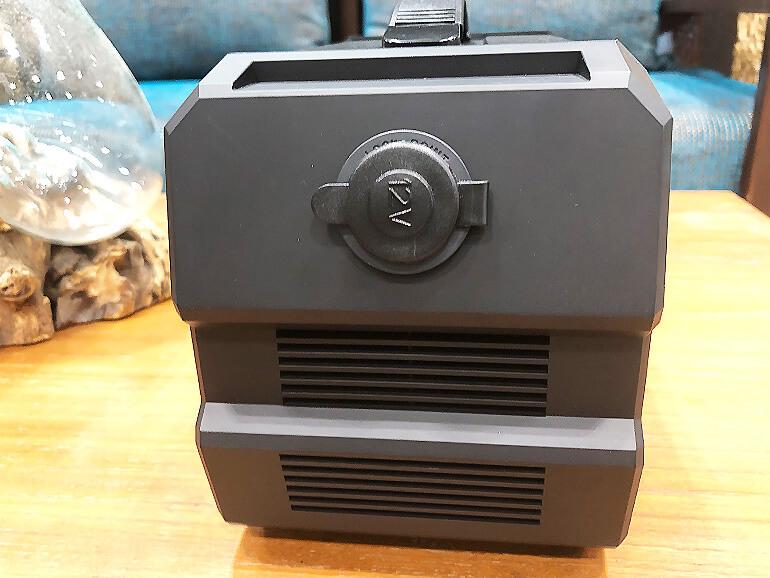 ポータブルバッテリー12V充電