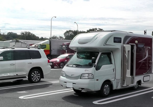 【愛車自慢】キャンピングカーフェスティバルで運命の出会い!10台限定のMush(ナッツRV マッシュ )