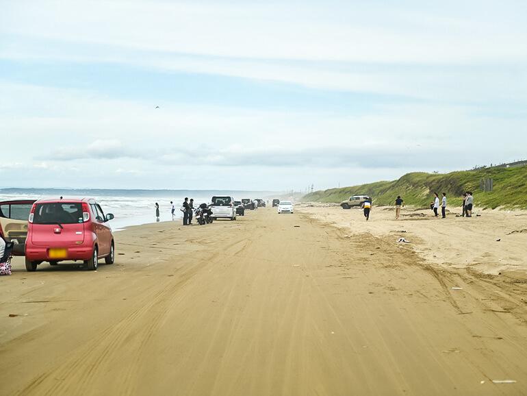 千里浜なぎさドライブウェイ砂浜
