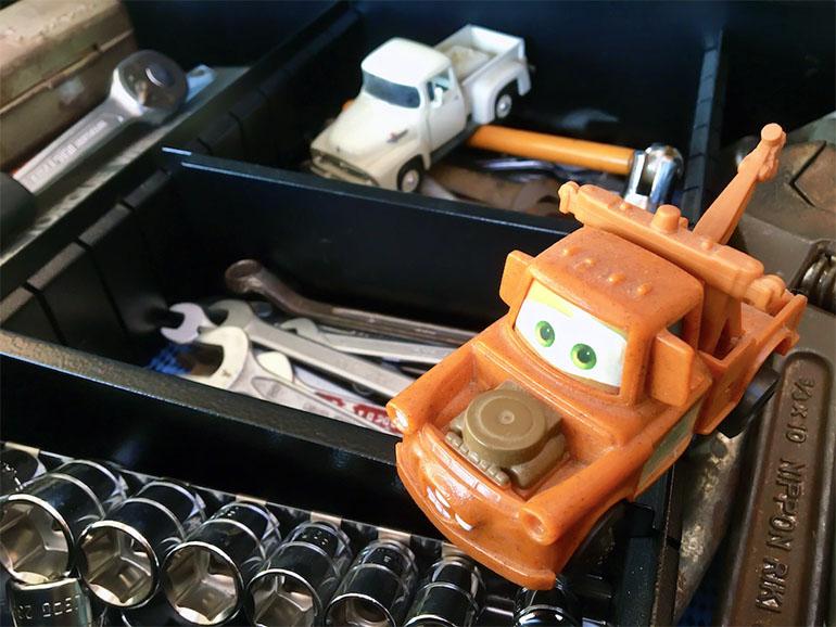 ミニカーと工具