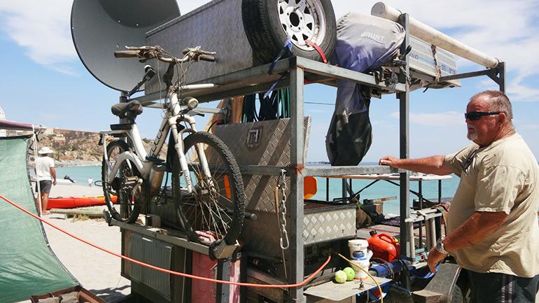 トラックキャンピングカー 牽引2