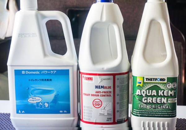 キャンピングカーのトイレ用消臭液3ブランドを比較してみた!