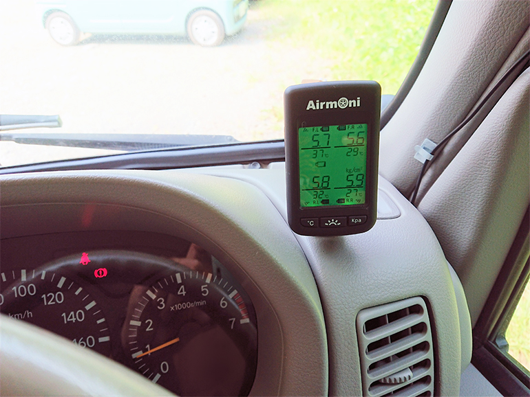 キャンピングカー タイヤ空気圧センサー