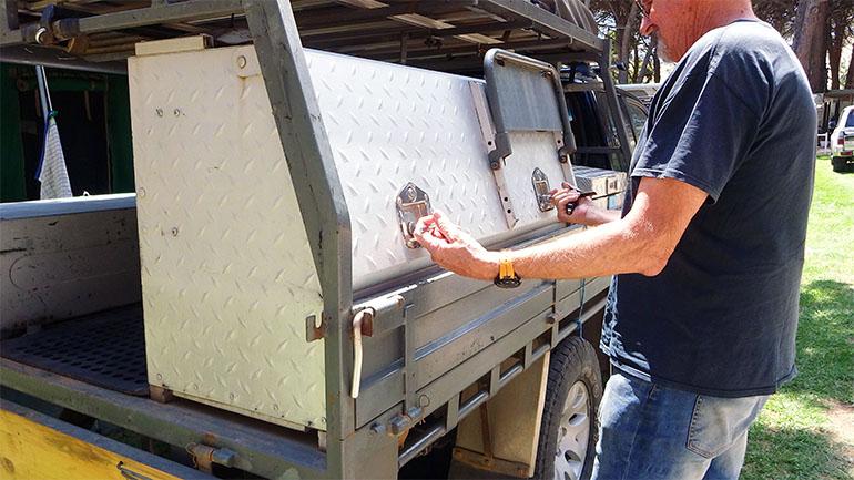 キャンパートレーラー 収納ボックス
