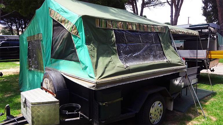 キャンパートレーラー テント部分