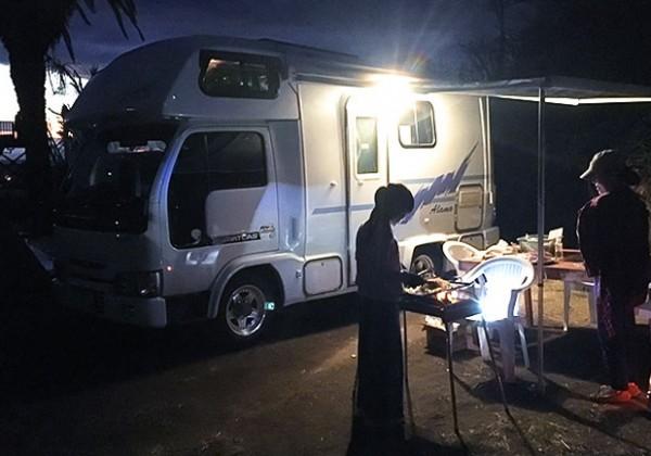 キャンピングカー初心者の車中泊旅!初キャンプで大騒動!?