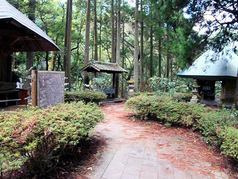 日本一の石段の休憩スポット
