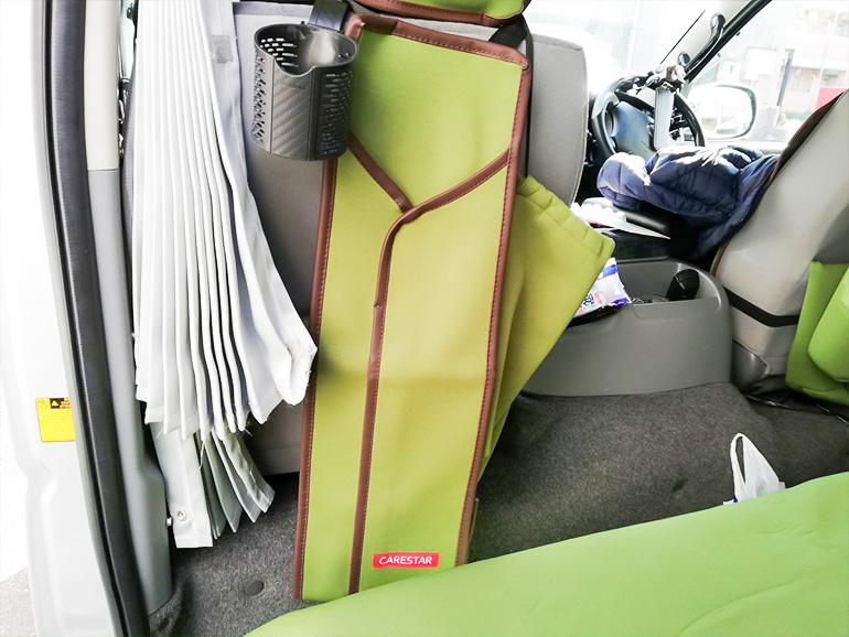 車内用傘入れ