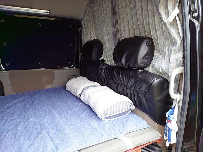 アトレー 車中泊仕様のベッド