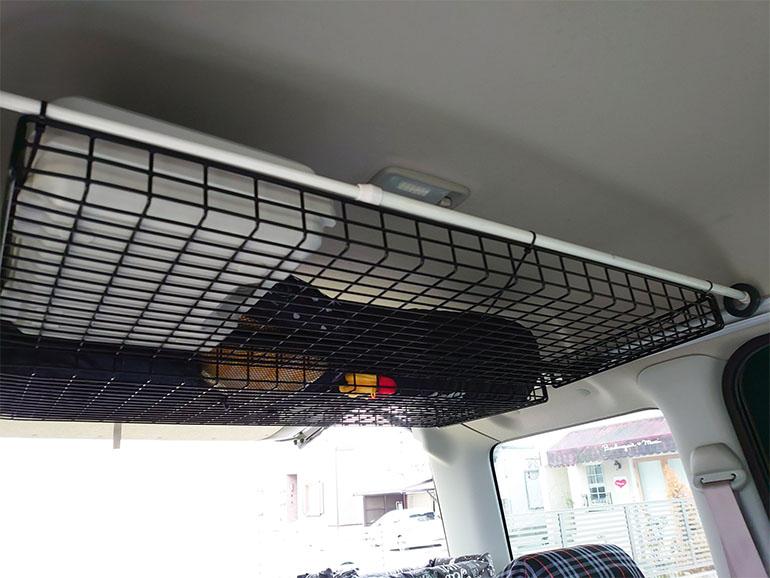 リア側の天井収納