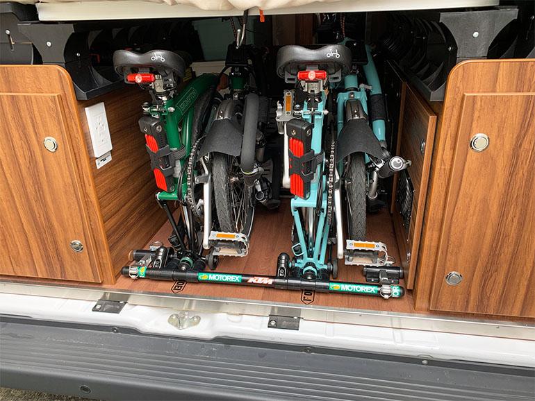 リビングストーン5 自転車積載スペース