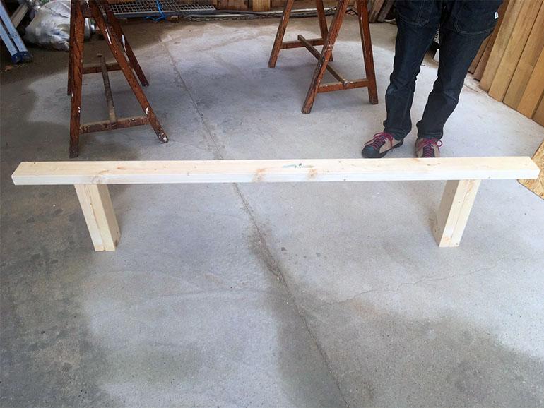キャラバンの床下収納の骨組み