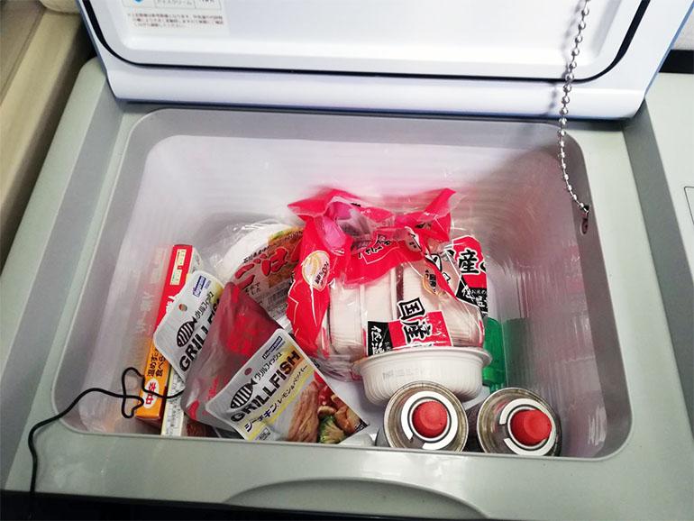 キャンピングカーの冷凍冷蔵庫