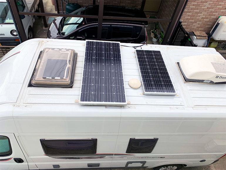 キャンピングカー ソーラーパネル2