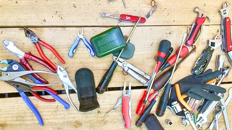 旅する車に積んでおきたい工具たち