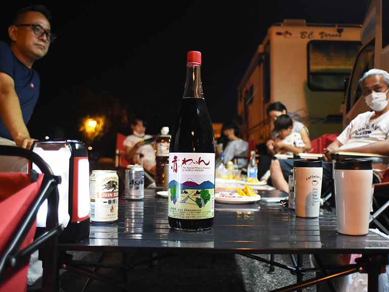 かんぽの宿くるまパーク石和 夜の宴の様子