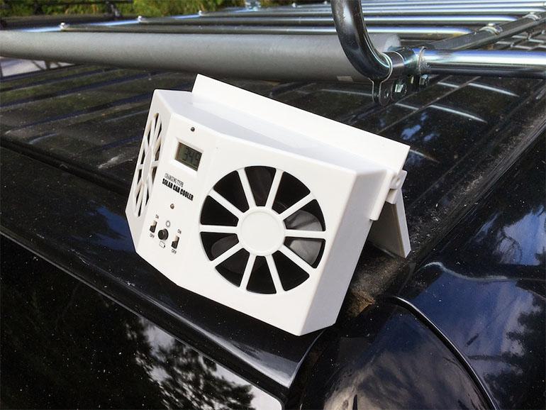 車の窓に取り付ける換気扇