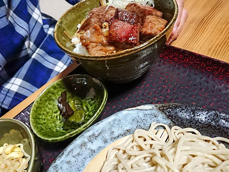 そば脇本 飛騨牛ミニステーキ丼&ざる蕎麦セット