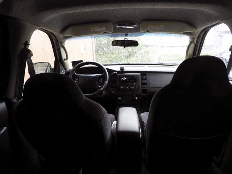 アメ車 運転席