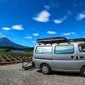 アプリでお得&快適な車中泊旅!旅先でもガソスタや駐車場をサクッと検索!