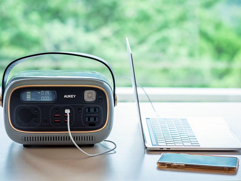 AUKEY「 PowerStudio」 パソコン接続