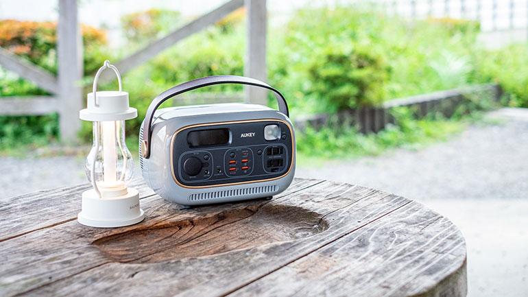 レトロ可愛いポータブル電源AUKEY「PowerStudio」をレビュー!車中泊やワーケーションにもおすすめ!
