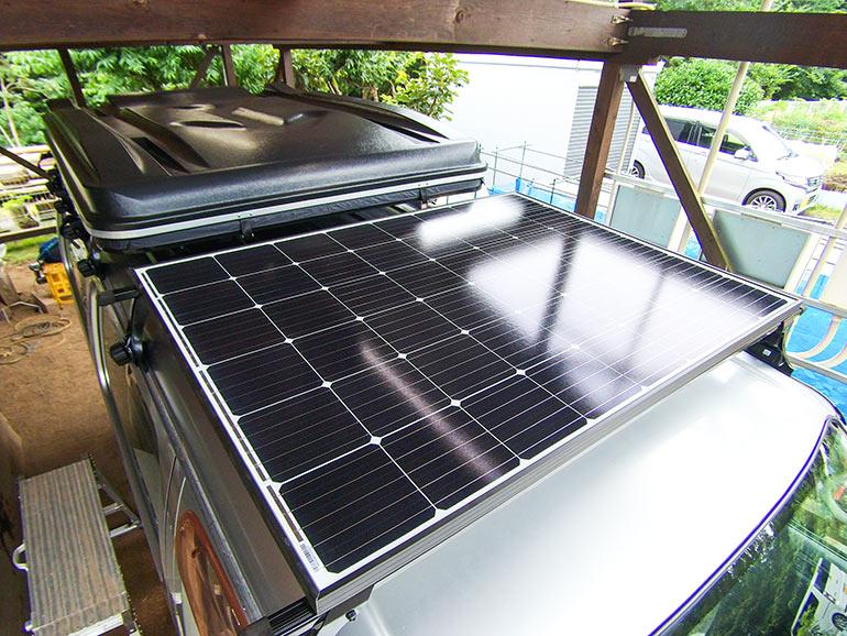 固定式ソーラーパネル