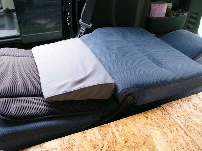 運転席 ベッド