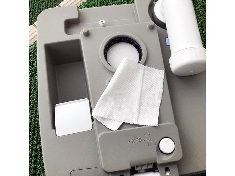 トイレ本体を分割