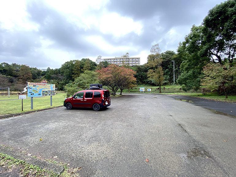 咸陽島公園 駐車スペース