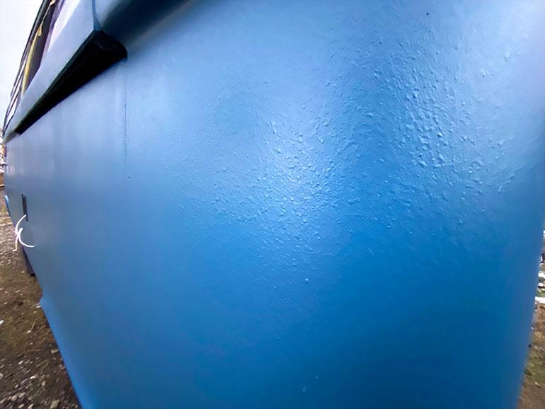 塗装したワーゲンバス完成2