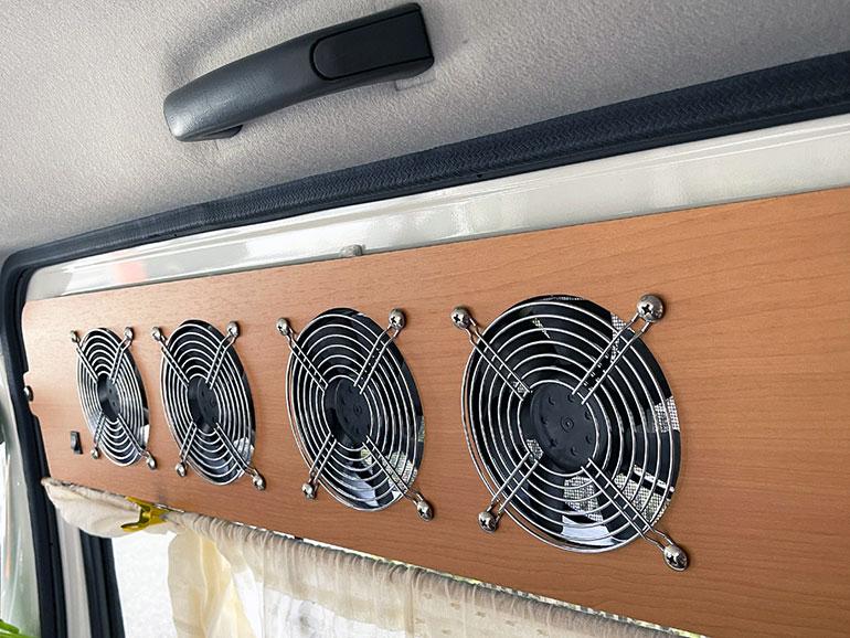 窓用4連排気ファン