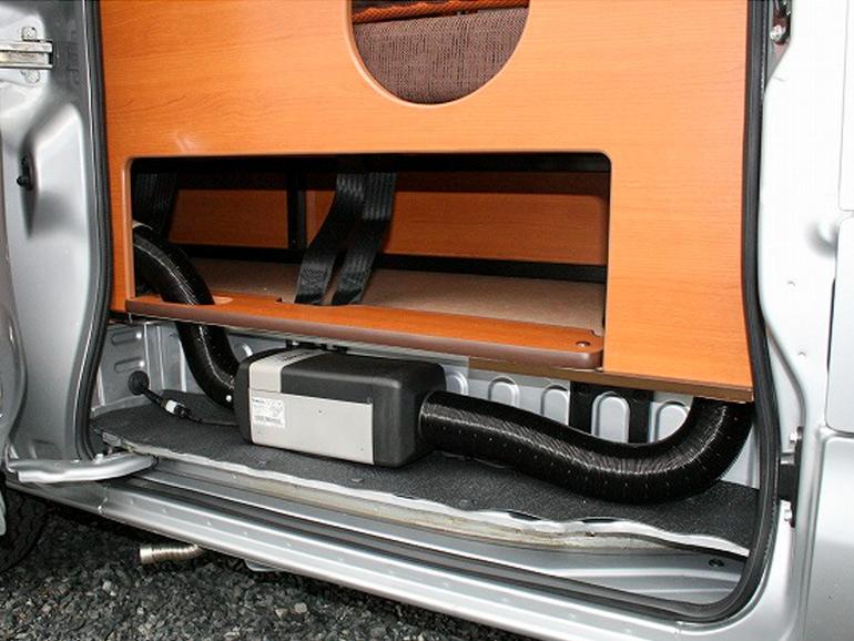 キャンピングカー広島「ピコ」のFFヒーター
