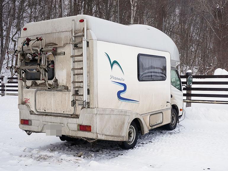 雪の中泊まったキャブコン