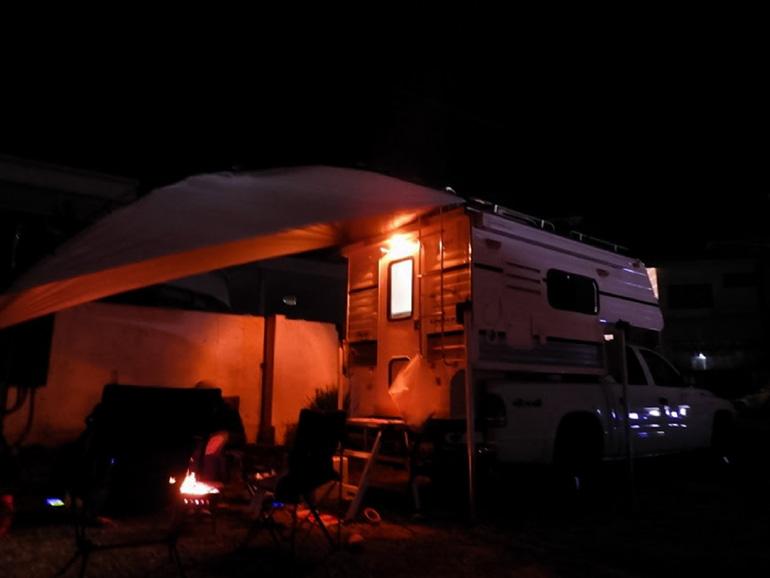 キャンピングカーでキャンプ