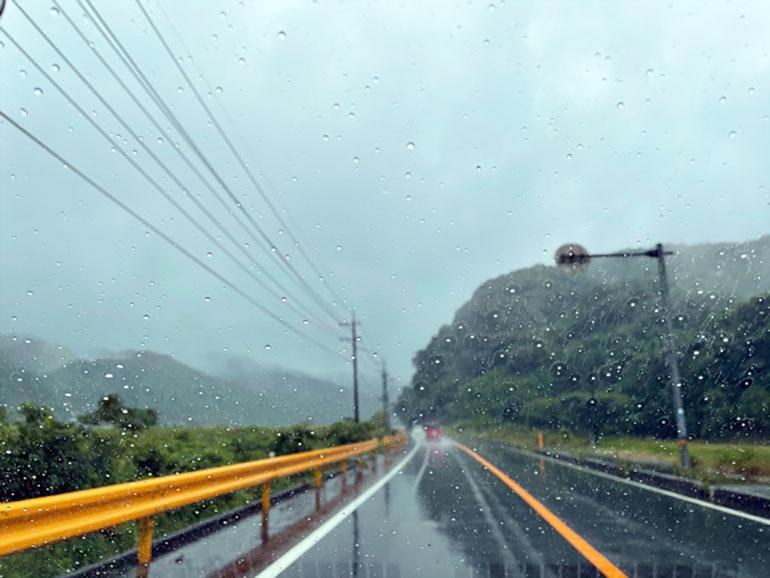 雨の日 車から見た景色2