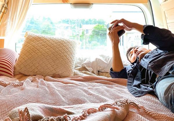 車中泊 ベッド
